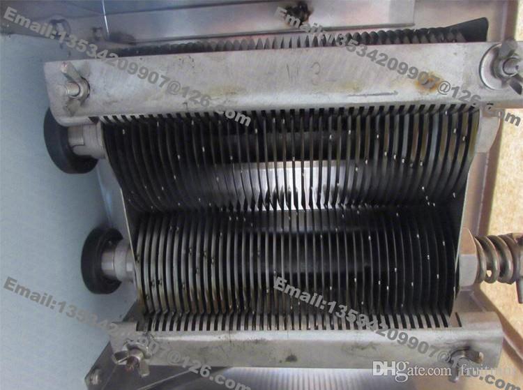 800 كيلوجرام / ساعة المقاوم للصدأ 2.5 ملليمتر -25 ملليمتر تخصيص شفرة 110 فولت 220 فولت الكهربائية التجارية اللحوم الطازجة القطاعة كتر آلة تجهيز