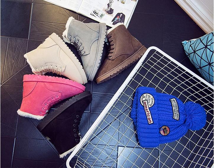 2016 nouvelles chaussures d'hiver. Monochromatique. Bottes de neige. Chaussures de femme. Base épaisse. Ajouter du coton. Bottes courtes Bottes pour femmes.Chaussures décontractées