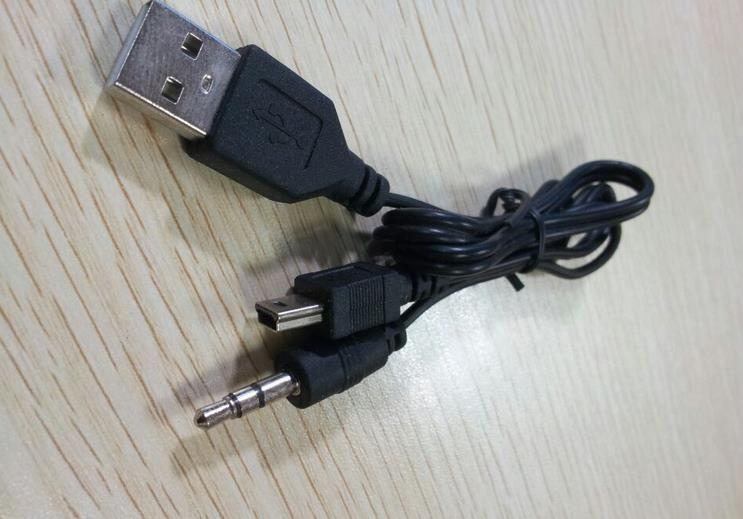 Mini USB 5 Pin zu USB A + 3,5 mm AUX Lade Audiokabel für mp3 mp4 Bluetooth Lautsprecher Jack Stecker Audio Video Transfer Kabel One/