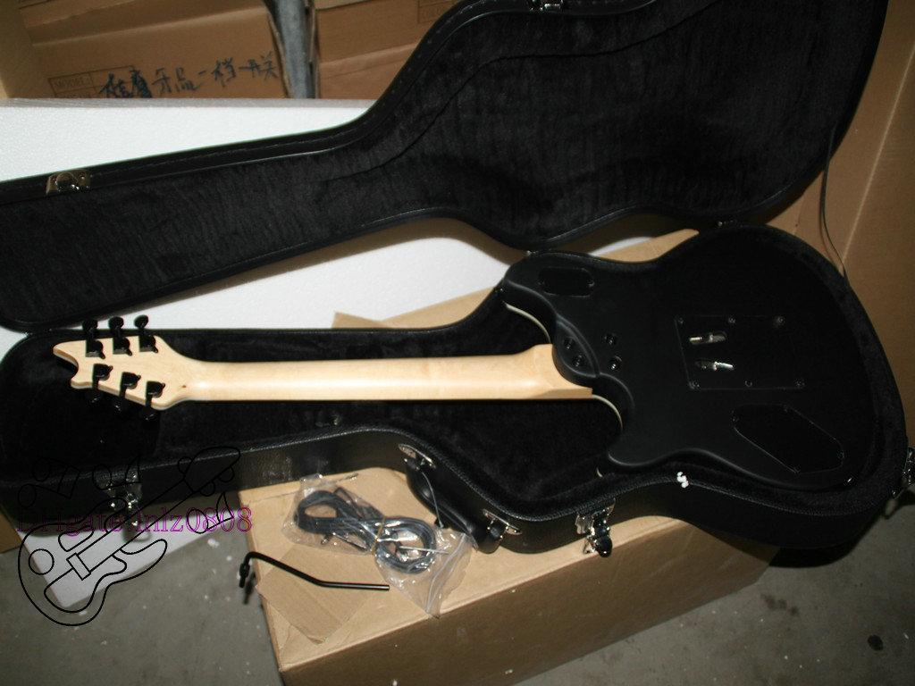 Black Ebony Fingerboard Guitarra Elétrica com Hardcase Alta Qualidade instrumentos Musicais HOT A1288