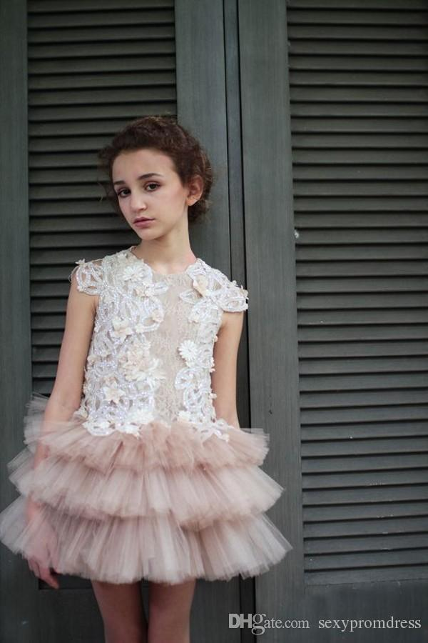 New Design Lace Top Tulle Tiered Skirt Flower Girl Dresses For Wedding 2017 Jewel Sleeveless Mini Party Dresses For Children Pageant Gowns
