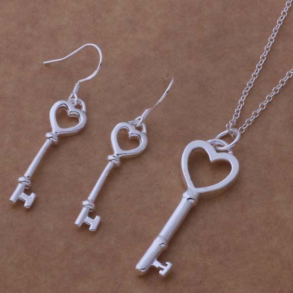 Ensemble de collier de boucles d'oreilles en plaqué argent 925 sertie de bijoux