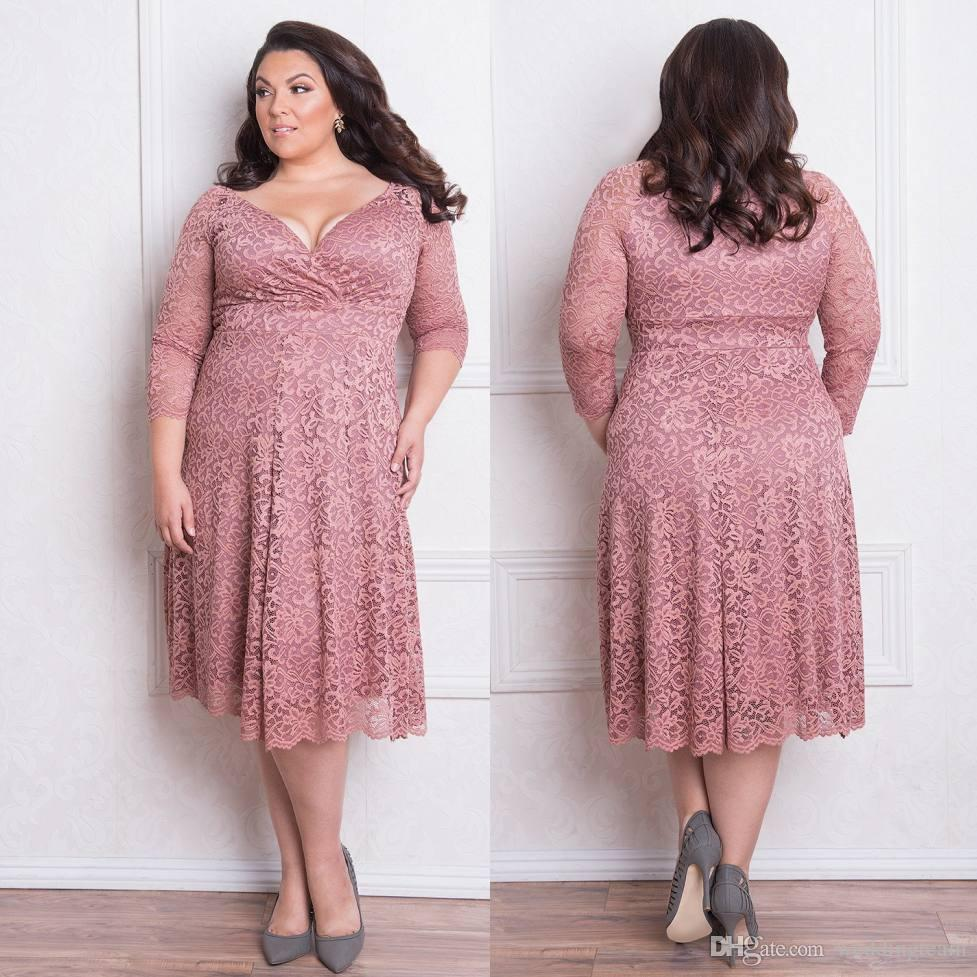 Stunning Plus Size Lace Formal Dresses With Long Sleeves V Neck Knee