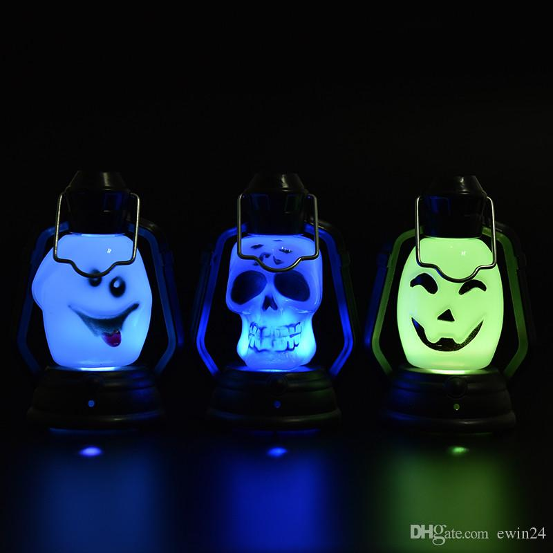 Colorful Flash Skull Pumpkin Ghost Shape Hanging Small Night Light Holiday Lantern Led Light 0Lamp For Halloween Party wholesale price