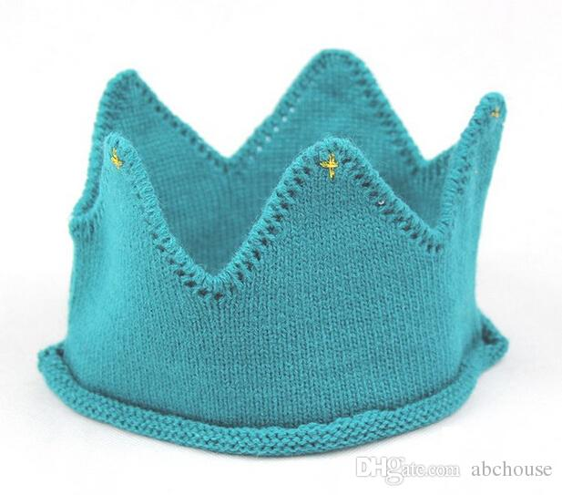 Venta caliente Bebé de Punto Corona Tiara Niños Infantil Crochet Diadema casquillo sombrero fiesta de cumpleaños accesorios de fotografía Beanie Bonnet
