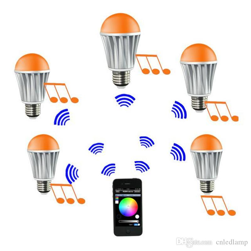 7 W RGB Aydınlatma LED Ampuller E27 Bluetooth Kontrol iPhone için Kontrol WiFi Akıllı RGB LED Aydınlatma Ampüller