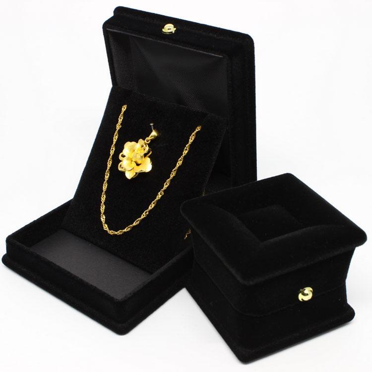 En gros de haute qualité romantique mariage carré forme anneau de velours colliers boîte bijoux affichage boîte cadeau livraison gratuite