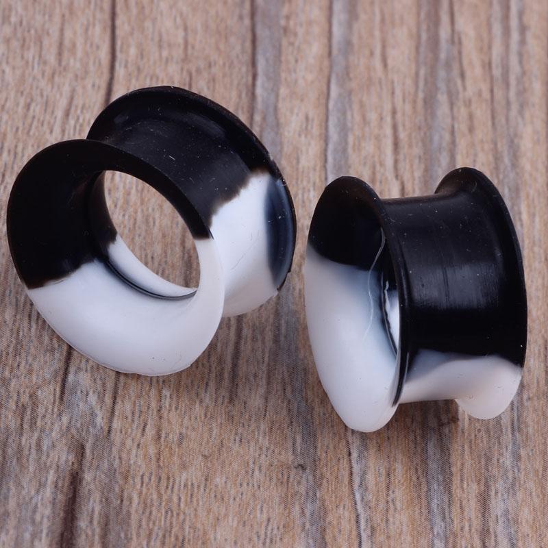 Doux Silicone Ear Jauges Noir Blanc Multicolore Tunnels Chair Des Brancards Jauges Jauges Earls Earlets Body Piercing Bijoux