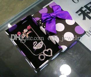 925 Silver Earrings Wholesale Fashion Cheap Pearl Jewelry Box Senior Refined Bowknot Ribbon Dot Ring Boxes Pendat Stud Link Chain Box