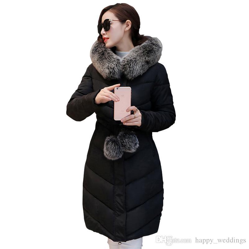 208f8596fdaf Großhandel 2017 Down Parka Winterjacke Frauen Baumwolle Gepolsterte Dicke  Ultra Light Lange Mantel Faux Pelzkragen Mit Kapuze Weibliche Jacken Für  Frau Von ...