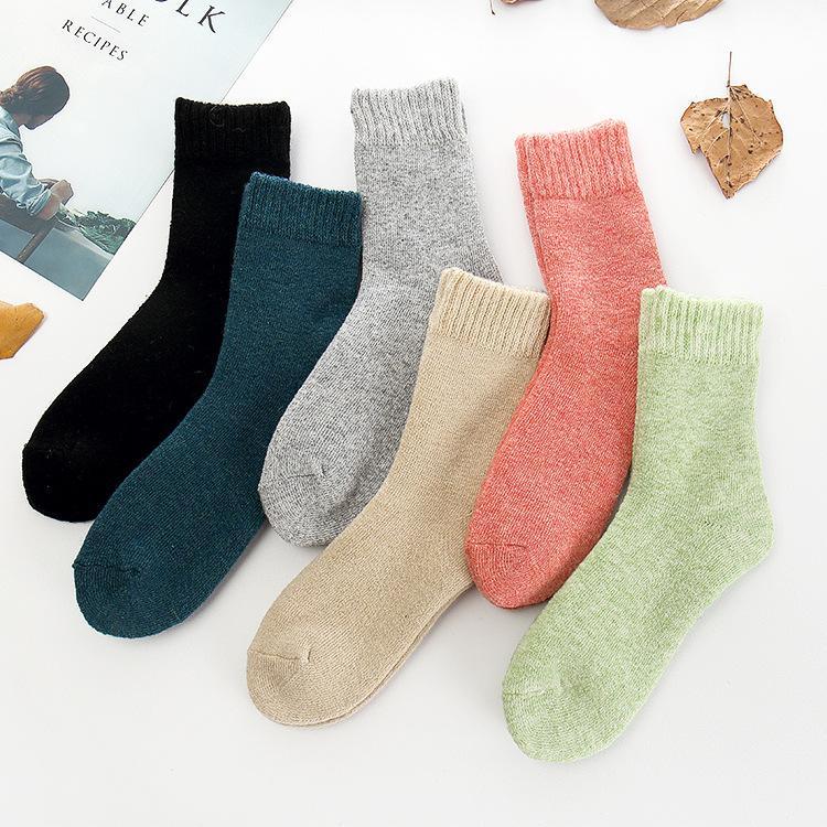 2016 Novo Apressado Calcetines Calças Casual Mulheres 2017 Inverno 5 Pares Longos Meninas de Lã de Alta Qualidade Cor Sólida Moda Quente Toalha Lady