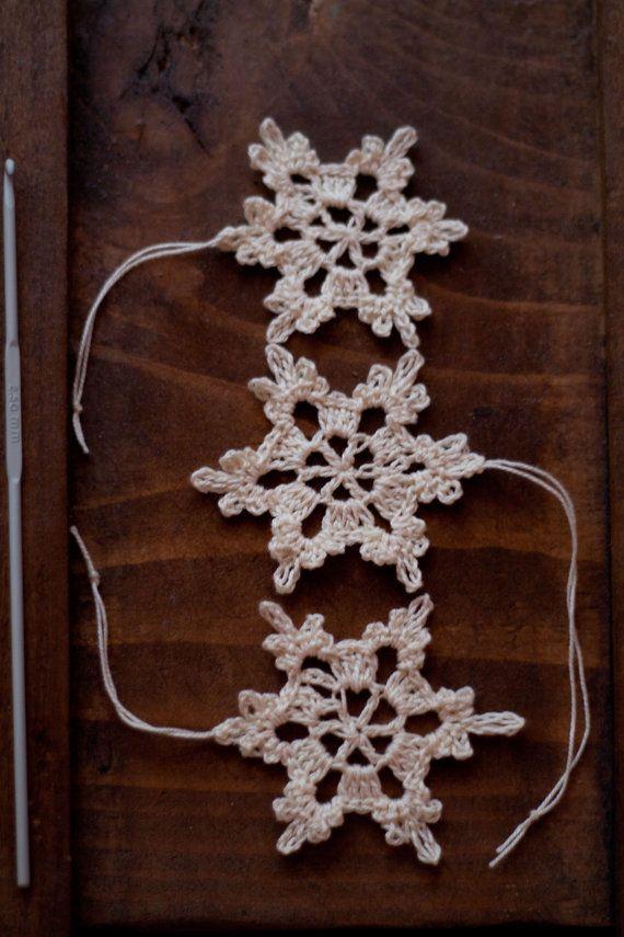 Handmade Crocheted Snowflake Decoration Vintage 100% Cotton Crochet Christmas decorative,Christmas tree ornament, set of sd69