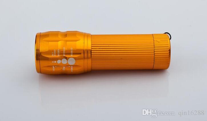 offerta speciale Q3 Led Flashlights Hike Self Defense Offerta speciale! Mini Torcia Tre regali oscuranti Zoom telescopico Led Lumen