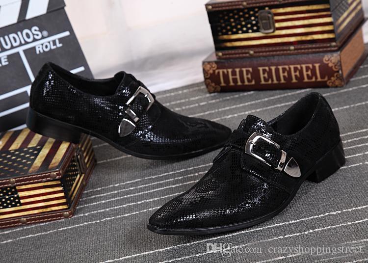 Acquista nel le nuove scarpe da uomo a punta in pelle fibbia