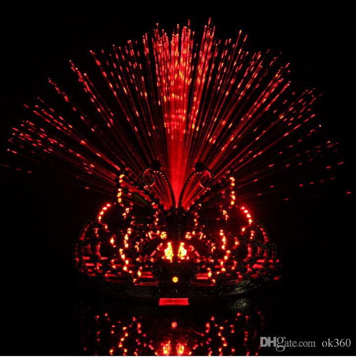 Nuevo Colorido Flash de luz es que cambian fiesta de baile Sombrero Mariposa Corona Fibra óptica Diadema Luz nocturna Juguete de Holiday Grow