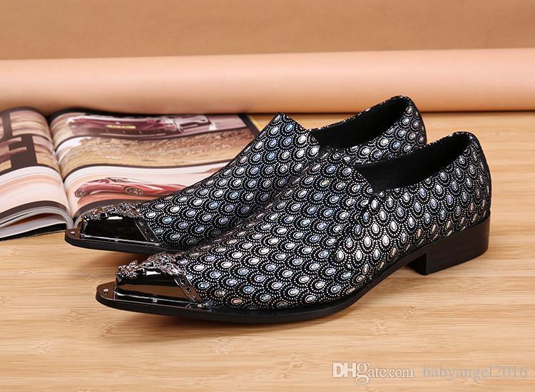 Italienische Luxus-Hochzeit Schuhe Männer formale Klage echtes Leder Herren Schuhe Berühmte Männer Wohnungen Oxford-Schuhe