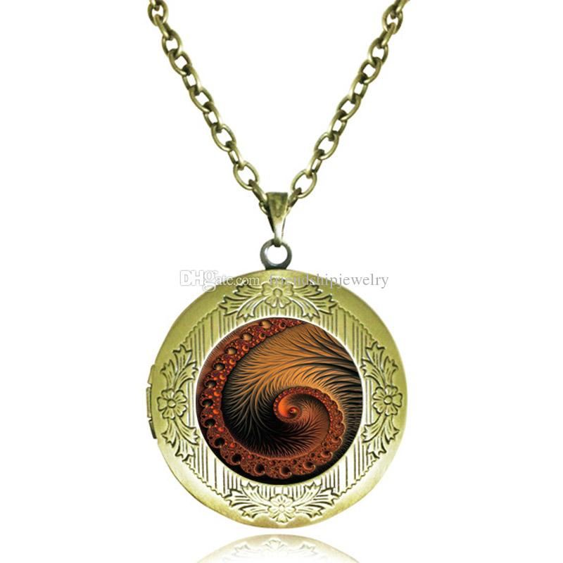 Collana con medaglione a spirale Flourish Swirls Fibonacci Ciondolo a conchiglia Geometria sacra Rapporto oro Gioielli in vetro Cabochon Antique Lockets Collane