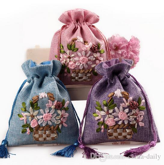 Free Ship Handmade13*17cm Flower Embroider Brocade Brocart Bag Linen Sack Jewelry Bags Candy Beads Bags Wedding Party Gift Bags