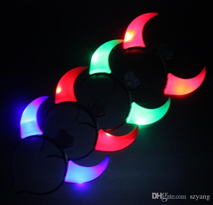 Świecące Horn Hoop Hoop Party Headdress Devil Horns Lights Otwieranie prezentów Zabawki Hurtowe stoiska na Halloween i Boże Narodzenie