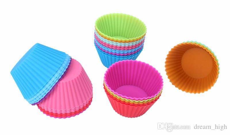 Casos rodada Silicone Muffin Cup Cake Cupcake Baking Moldes 7 centímetros reutilizáveis antiaderente Muffin Cups Kitchen Gadgets Ferramentas