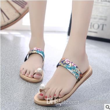 d93ffa8fbfa 2017 Summer New Floral Beads Beaded Fashion Flat Sandwich Sandals Korean Women  Shoes Slippers Flip Flops Sandals Flip Flop Rhinestones Online with ...