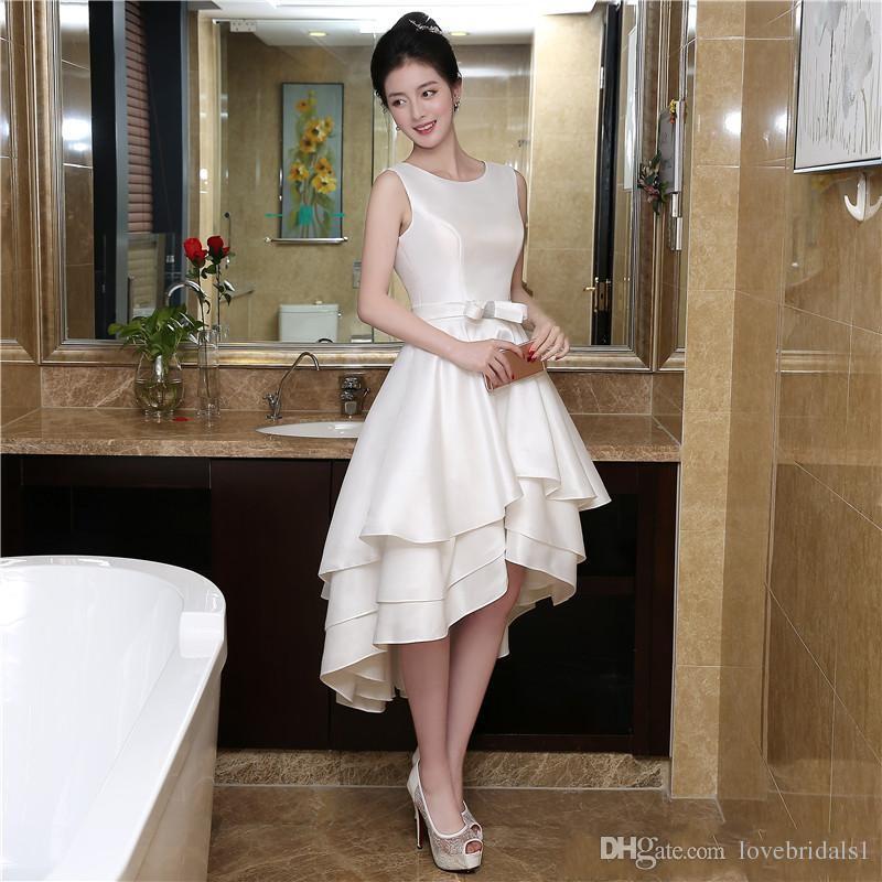 Robes de bal courtes blanches A-line Homecoming robes bijou hi-lo Graduation Dress