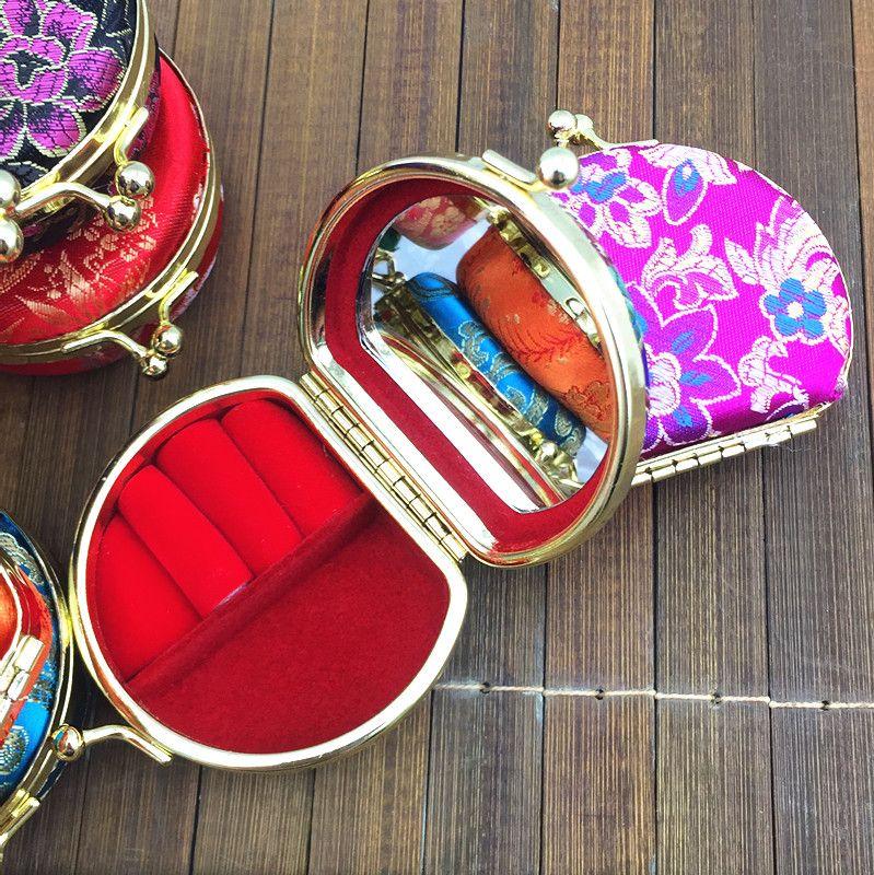 휴대용 소형 여행 목걸이 링 쥬얼리 세트 선물 상자 디스플레이 케이스 귀여운 실크 새틴 천 공예 금속 버클 포장 상자 /