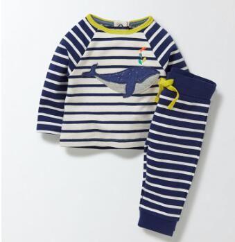 Brandneue Kleinkind-Jungen-Art- und Weisewal-Stickerei-gestreifte Kleidungs-gesetzte Baby-beiläufige HomeWear-Nachtwäsche 2 Stücke eingestellt Freies Verschiffen