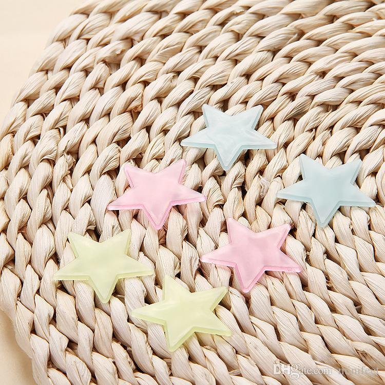 3cm stars luminous stickers /package fluorescence patch plastic stereo PP luminescent all over the sky star wall stickers