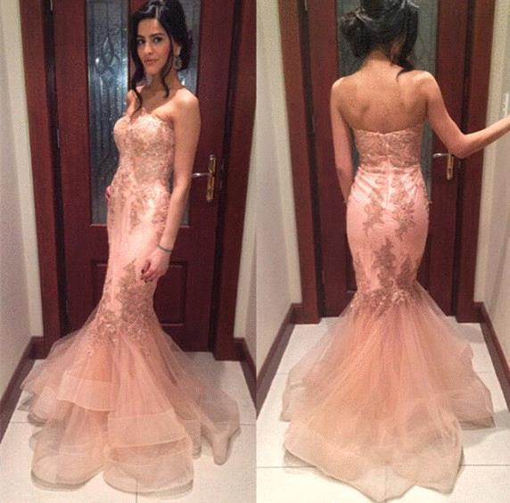 2017 Beautiful Peach Pink Mermaid Prom Party Dresses Organza Applique Strapless Backless Trumpet Formal Evening Gowns