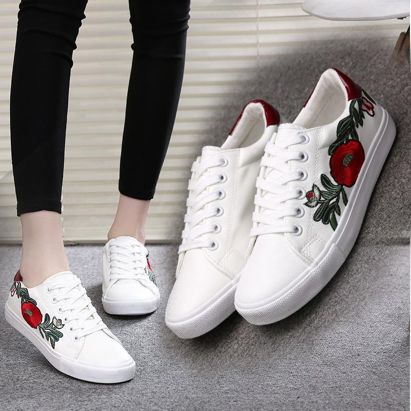 2017 Autumn Women White Shoes Slip On Women Casual Shoes Girls Chinese  Embroidery Flat Platform Shoes Women Flats Ladies Shoes Loafers For Men  From ...