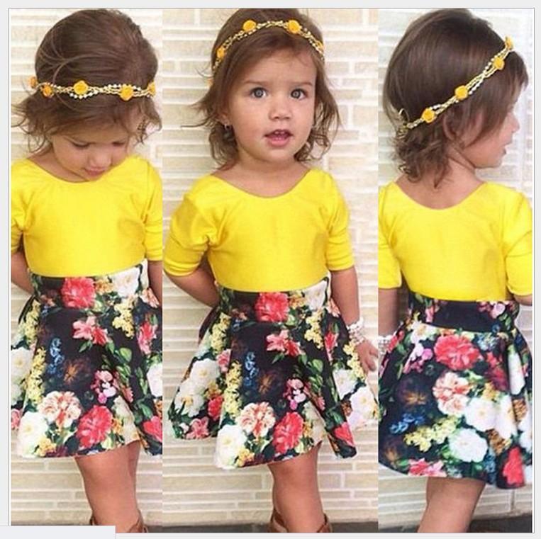 귀여운 소녀 투피스 세트 2016 여름 신생아 소녀 노란색 티셔츠 탑스 + 꽃 투투 스커트 패션 아동복 아동 캐주얼 복장 소매점