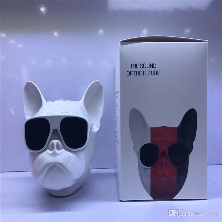 Factory Direct High-end New Bulldog Bluetooth Speakers, Bluetooth Card FM, 1 + 1 Couplet, Super Bass,Intelligent,