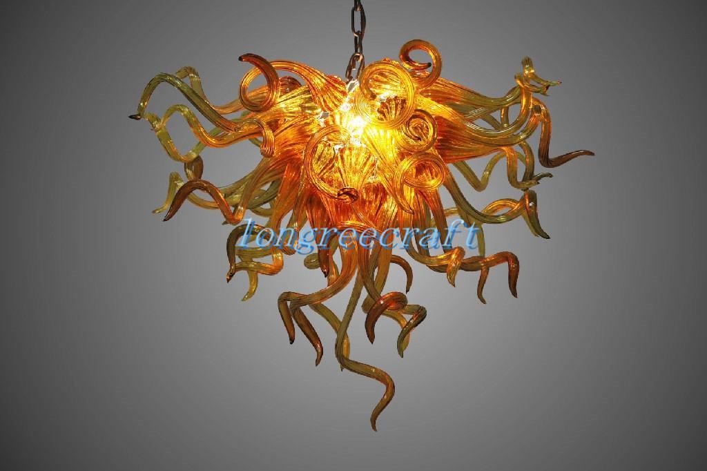 Plafonniers Bouche 110V / 120V Ampoules LED de LED européen Accueil Éclairage à la main Lustre en verre soufflé en gros