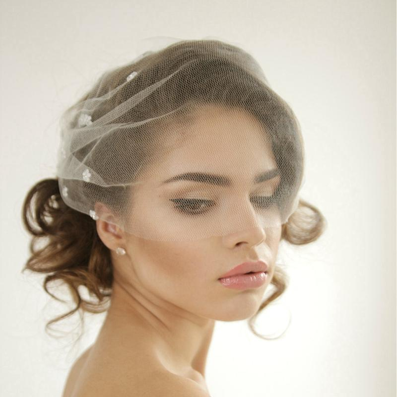 Silk Tulle Bandeau Birdcage Wedding Veil With Flowers Headband Veil ...