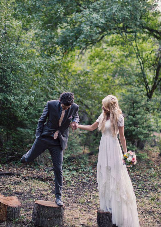 2016 Boho Lace Wedding Dresses with Short Sleeve A Line Sweetheart Floor Length back Zipper Vintage Beach Bridal Gown