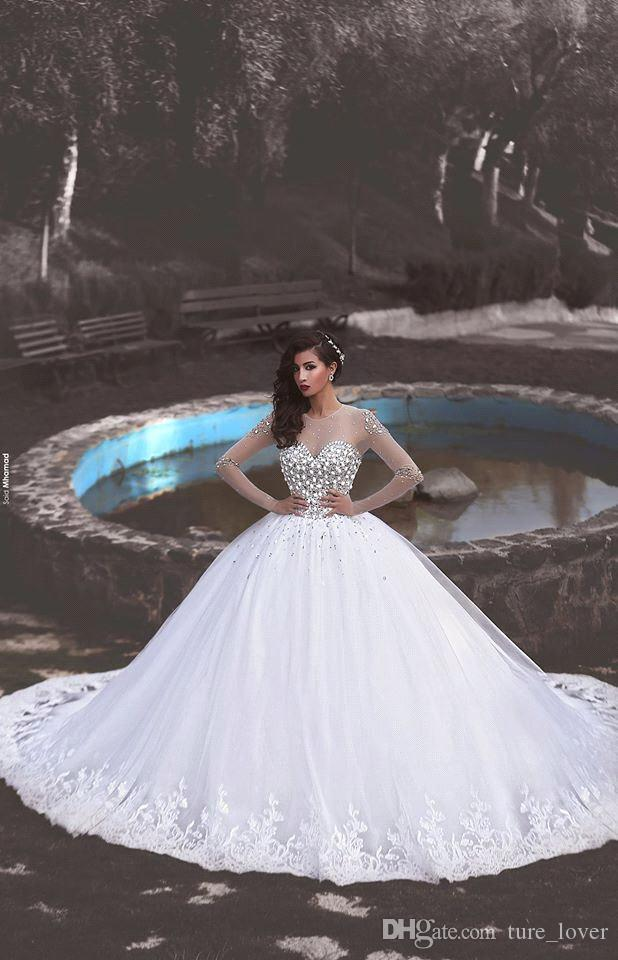 2019 Perle di cristallo di strass di lusso maniche lunghe abiti da sposa in pizzo Sheer Crew Neck Hollow Corsetto Back Court Train Ball Gown Abiti da sposa