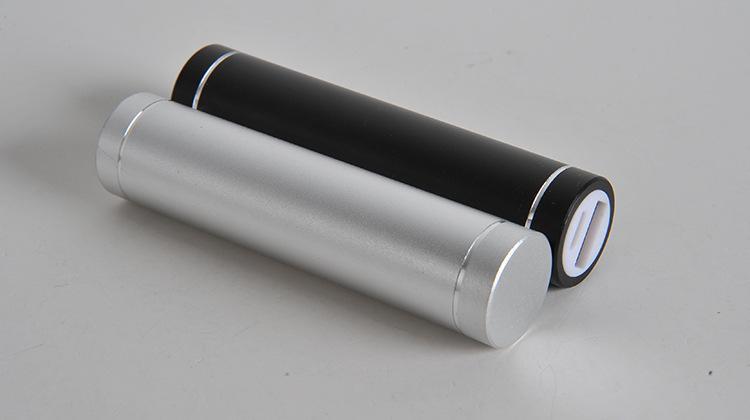 الحرة الشحن شكل اسطوانة 2600mah المحمولة قوة البنك المحمولة 5V 1A USB شاحن بطارية 18650 قوة البنك لهاتفك