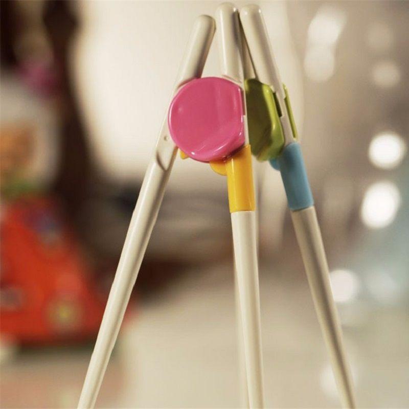 200 pares / lote Nuevo Estilo Niños Aprendizaje Temprano Entrenamiento Aprendizaje Chopsticks Aprendizaje del Bebé Chopsticks Envío Gratis ZA0850