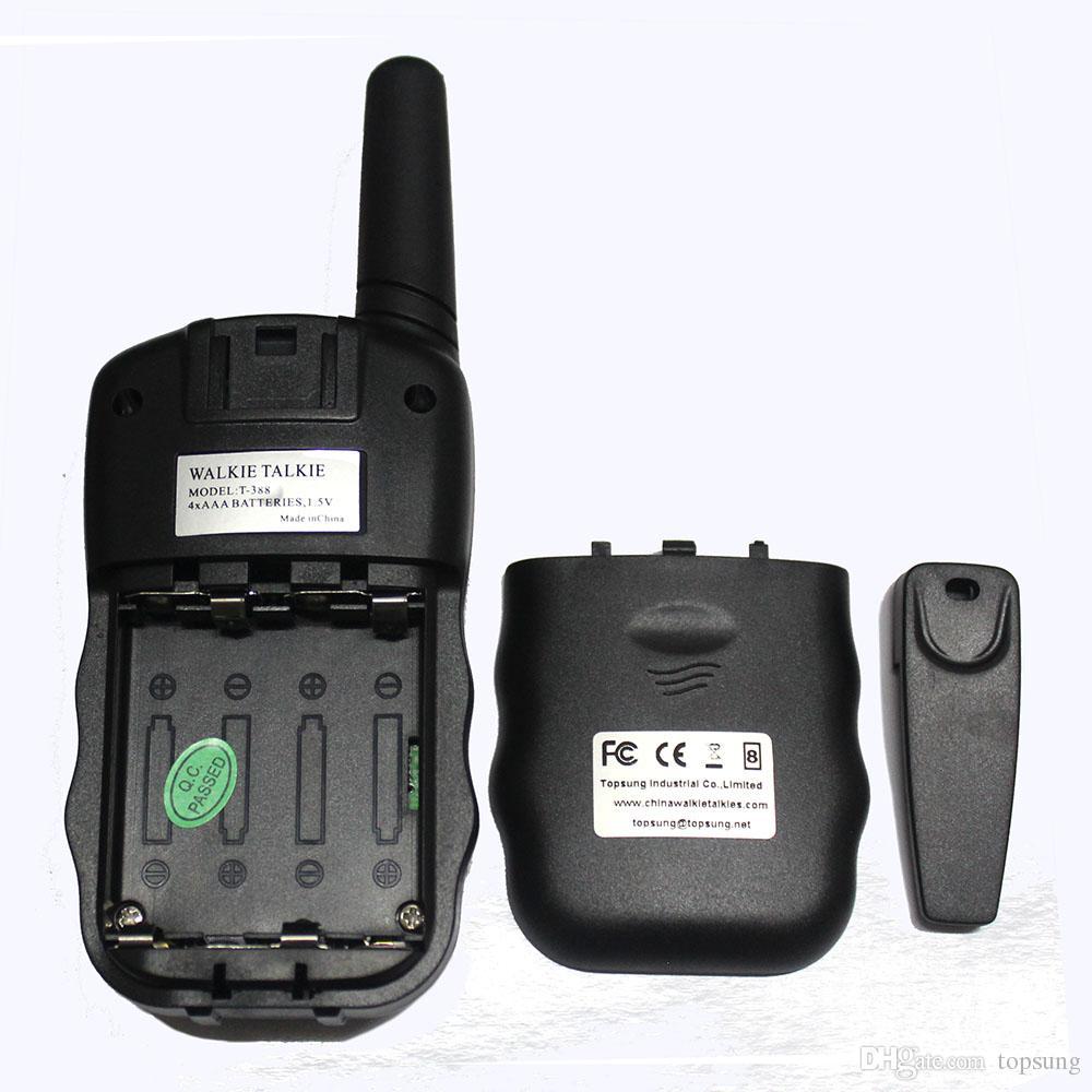 Ücretsiz kargo ~ PMR mobil radyo 3 km walkie talkie çifti T388 FRS VOX el-ücretsiz taşınabilir radyolar 99 özel kod w / led el feneri