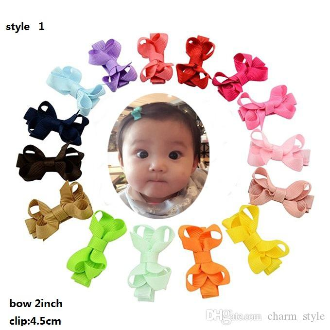 4 Estilo! 2 polegadas Grosgrain Ribbon Pequeno Boutique Boutique Cabelo Grampos de jacaré para meninas bebés Crianças Crianças Barrettes Acessórios de Cabelo /