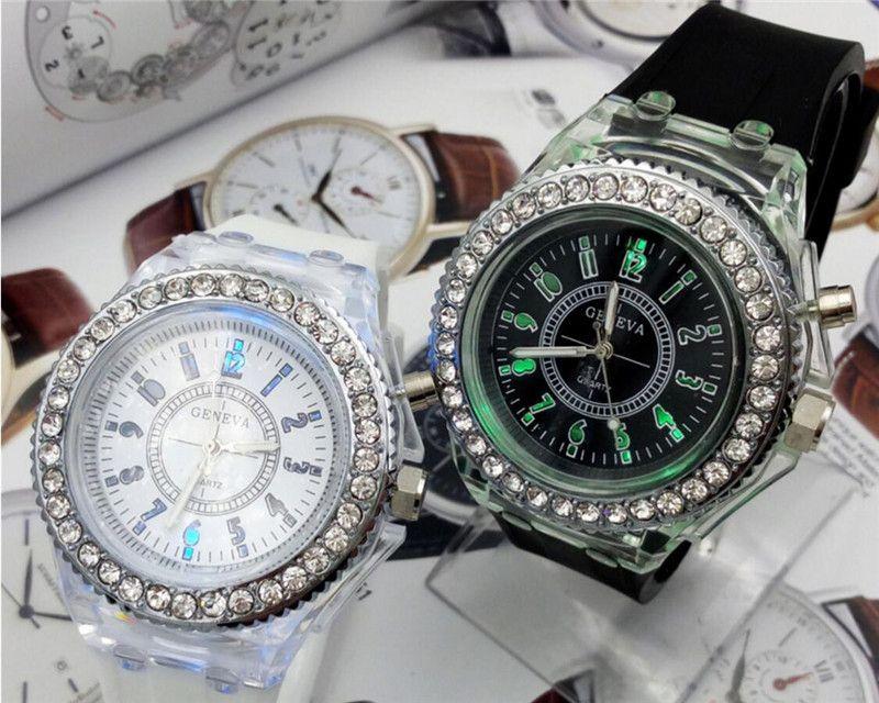 Aydınlık lüks spor İzle led lover İzle butik saatler elmas kadınlar İzle bilek saatler silikon jöle çocuklar için saatler 566