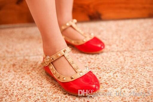 Vente en gros-Hot nouvelle princesse filles enfants enfants sandales en cuir boucle de rivet T-sangle chaussures à talons plats 16 tailles pour 2-10 ans