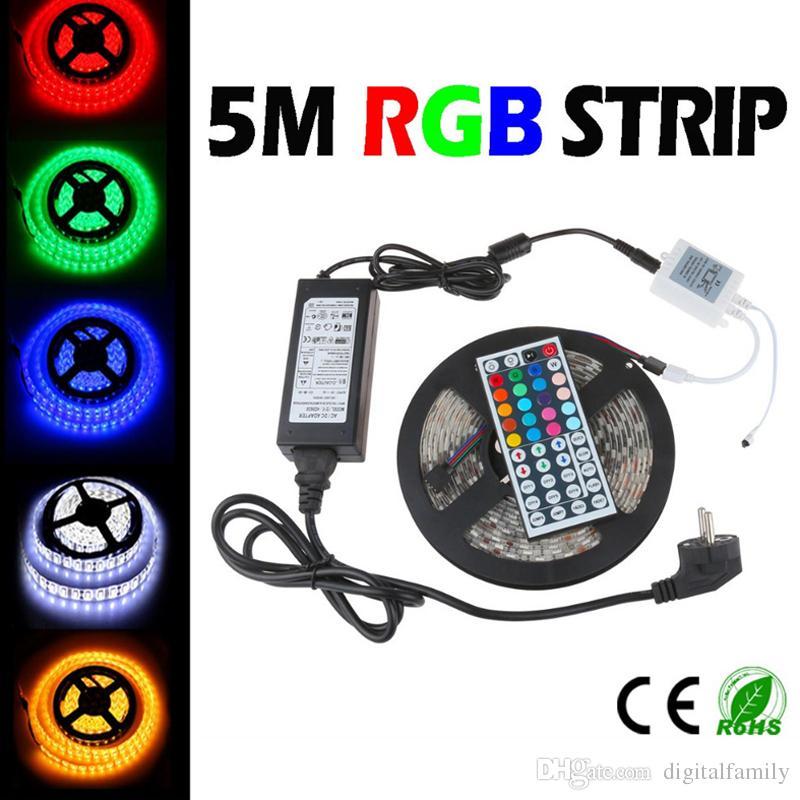 Cadeau de Noël imperméable à l'eau avec 44 touches IR Télécommande + DC12V 5A Adaptateur secteur dans la boîte de vente au détail