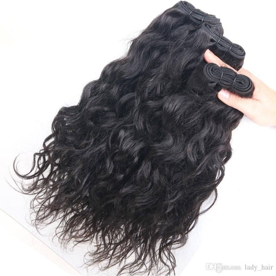 Unverarbeitete brasilianische Wasserwelle Menschenhaar 4x4 Silk Basis Schließung mit 3 Bundles nass und wellig reines Haar mit Seide Top Verschluss 4 Stücke viel