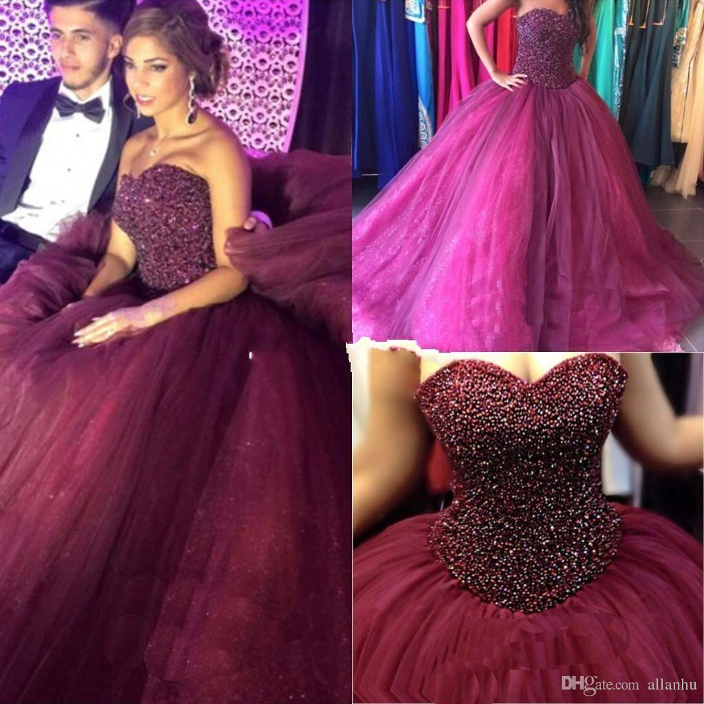 Borgogna Puffy Ball Gown Quinceanera Abiti 2018 Sweetheart Perline Strass Di Cristallo Lungo Arabo Dolce 15 Per Le Ragazze Formale Prom Party Gown