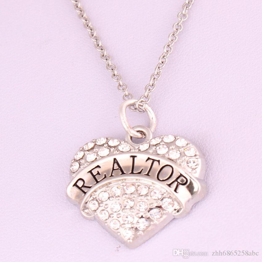 Nueva llegada Venta caliente rodio plateado zinc tachonado con cristales brillantes REALTOR corazón colgante enlace cadena collar