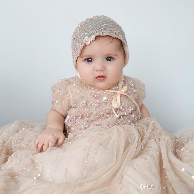 Bling Bling Champagne Baby Suknie Christening Pełne Cekiny Chrzcielskie Stroje Koralika Formalna Dziewczynka Nosić z maską