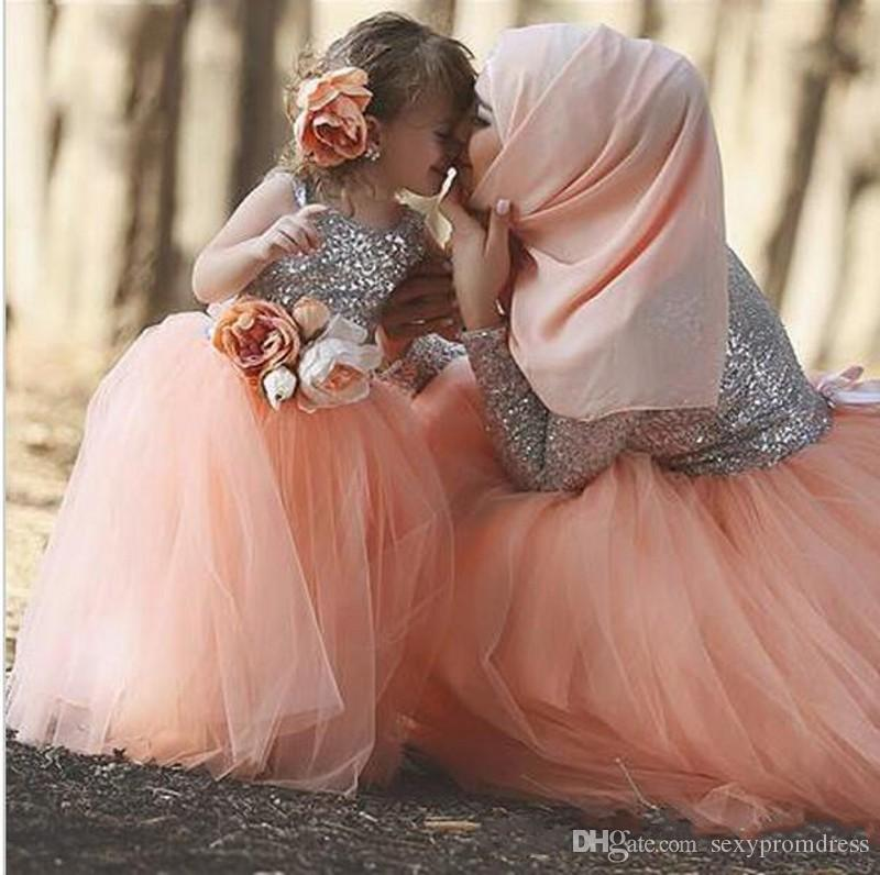 2016 Dubai Arabic Style Daughter Dresses Sequined Lace Tulle Tutu Ball Gown Girls Pageant Dress Islamic Flower Girl Dresses For Wedding