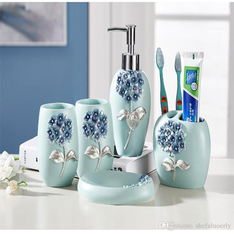 2018 European Style Home Bathroom Toiletries Five Sets Of Creative Ceramics  Gift Hotel High End Toiletries Products Manufacturers Promote From  Shefuluoerly, ...